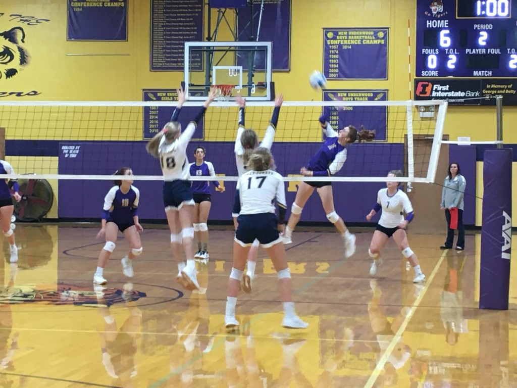 Comets Tigers Volleyball2