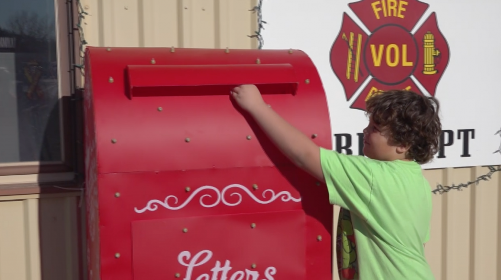 Letters to Santa at Black Hawk Fire Station