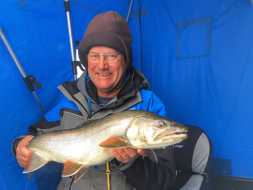Tips for catching lake trout through the ice outdoornews for Lake trout fishing tips