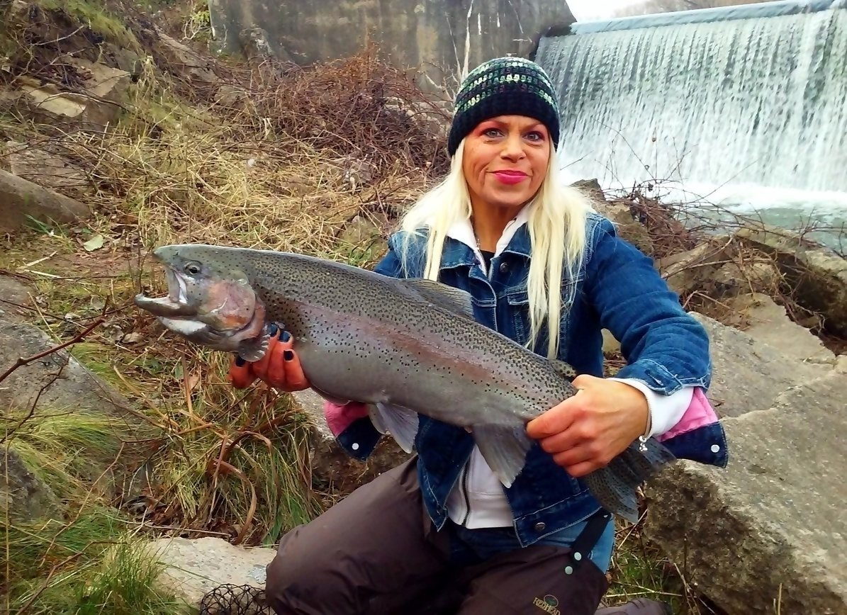 New york fishing photos outdoornews for Outside fish
