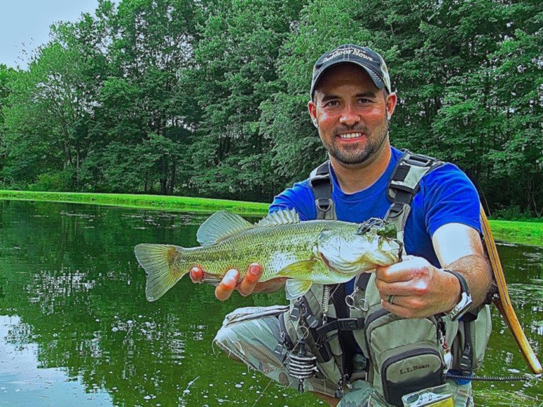 Fly fishing for big largemouths in pennsylvania farm ponds for Fishing in pennsylvania