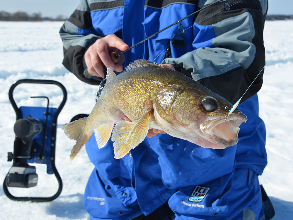 Ice fishing outdoornews for Outdoor news mn fishing report