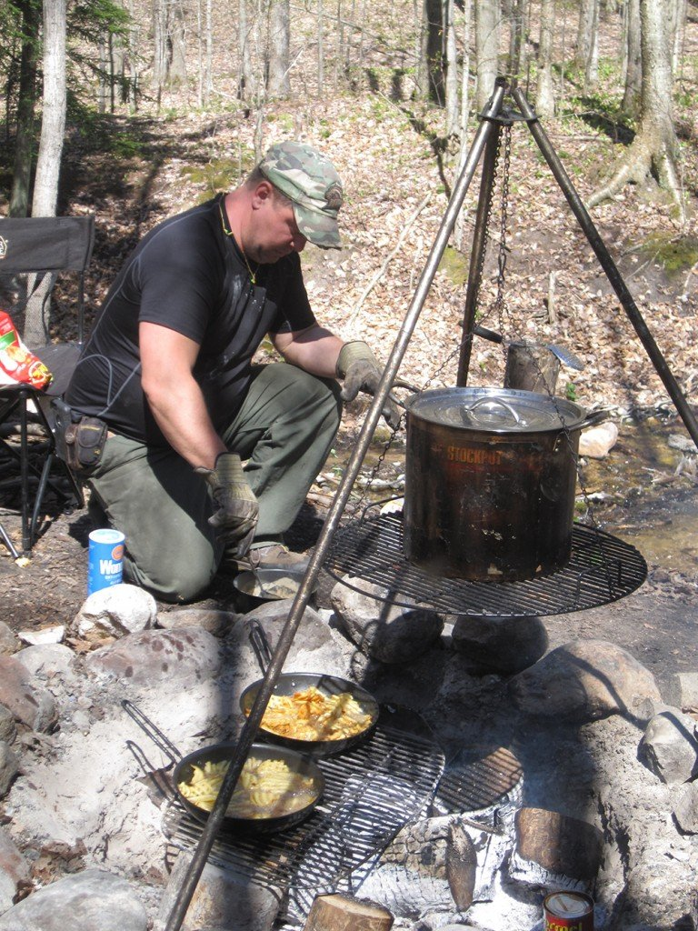 2016 05 Kahler Cooking At Mushroom Camp