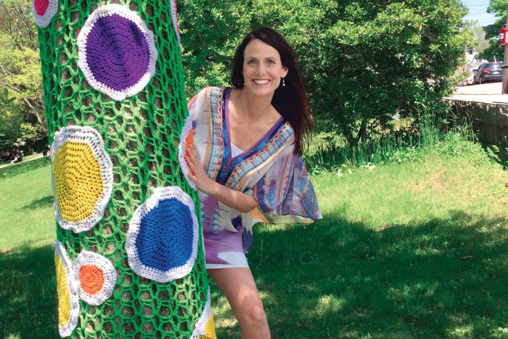 Lisa Konicki, knitting