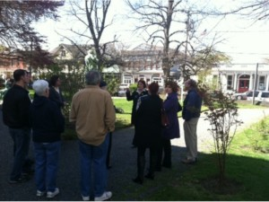 Tales of the Slave Trade Walking Tour @ Linden Place Mansion