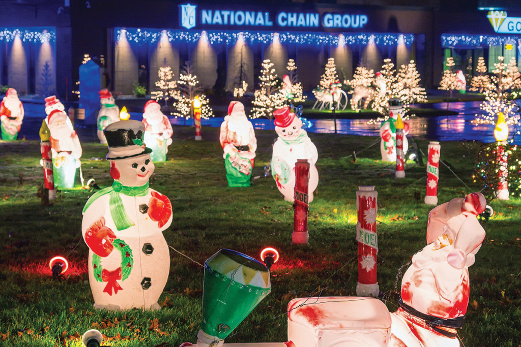 National Chain's Holiday Display is the Epitome of Good Cheer