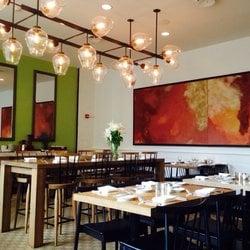 22 Square Restaurant & Bar