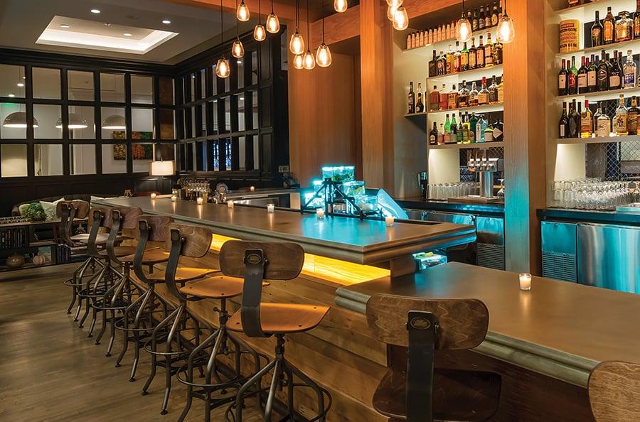 Hotelindigosavannahhistoricdistrict Savid Fiveoakstaproom Bar