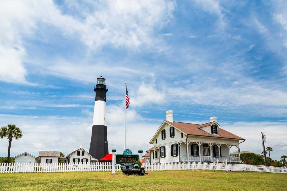 Bigstock Tybee Lighthouse And Keepers H 68324323web